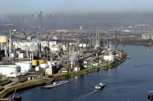 First U.S. Oil Export Leaves Port; Marks End to 40-Year Ban