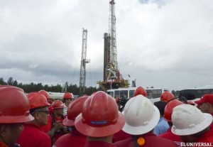 Venezuela seeks light crude contracts to make blends -sources