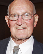 William Muehlberger was one of five geoscience legends inducted into the Jackson School's Hall of Distinction in 2008.